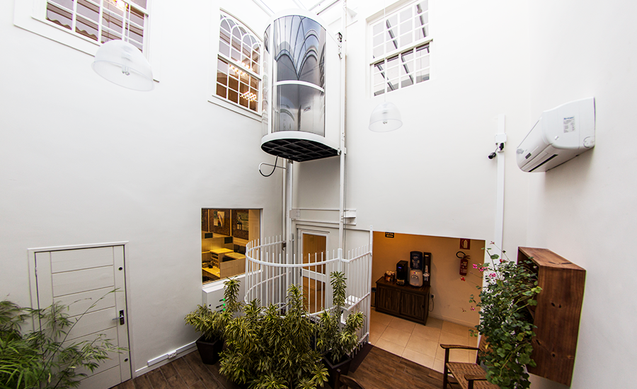 Elevadores panorâmicos: requinte e estilo para ambientes externos